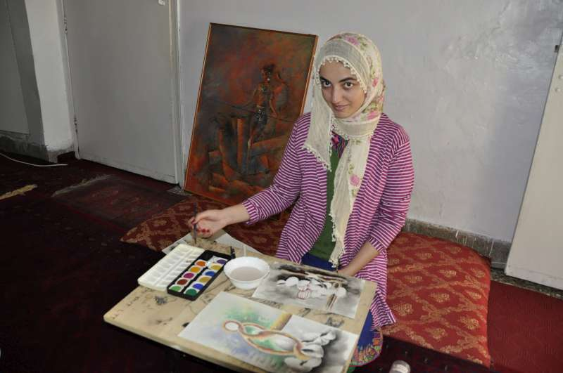 Pakistan: Afghan Refugee, Manizha's Brush Tells A Story